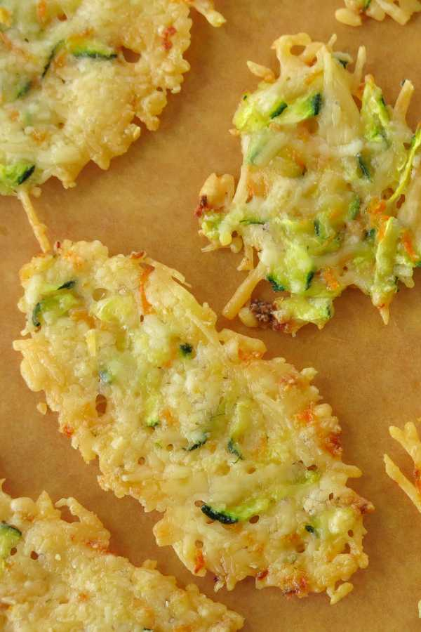 Parmesan Crisps baked with zucchini and carrots