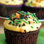 Easy Chocolate Pumpkin Cupcakes with Pumpkin Buttercream Frosting