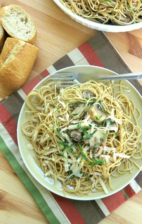 Pasta with Olive Oil, Mushrooms and Parmesan Cheese Recipe