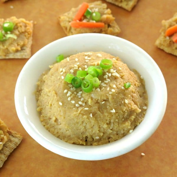 Easy Hummus Recipe with Garlic and Ginger IMG_9456