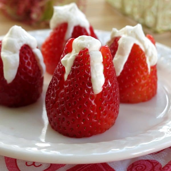 Cheescake Stuffed Strawberries