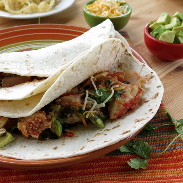 Crock Pot Fajitas with Chicken and Quinoa