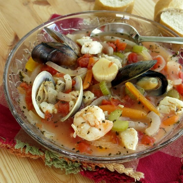 Italian Seafood Soup Cioppino Recipe The Dinner Mom