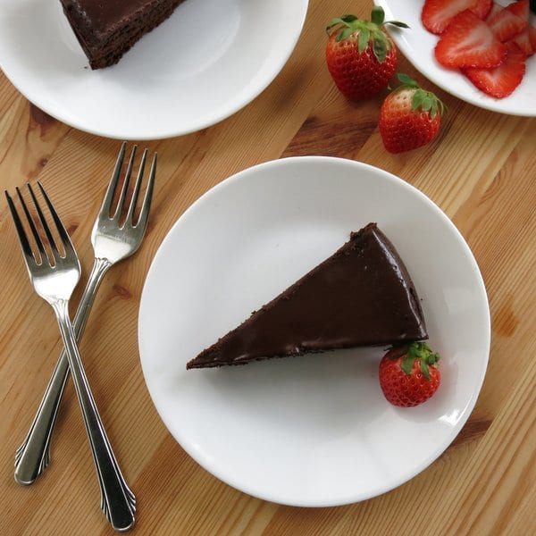 Flourless Chocolate Cake with Dark Chocolate Ganache