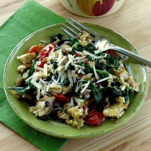 Mushroom, Spinach and Egg Scramble