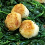 Pan Seared Scallops Recipe with Wilted Spinach