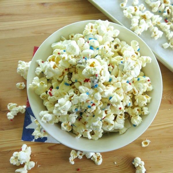 This easy Patriotic White Chocolate Popcorn recipe is perfect for any festive, red, white and blue holiday or family movie night!