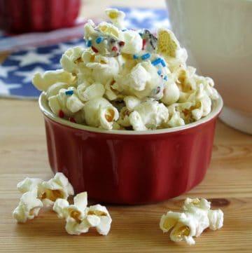 White Chocolate Popcorn with Dried Cherries