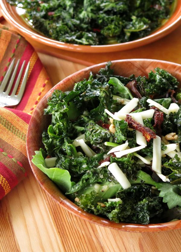 Crispy Kale Chips Salad Toppers