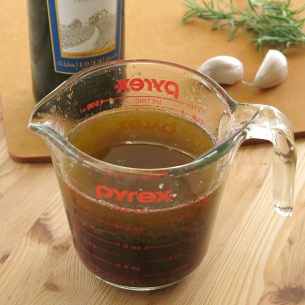 Red Wine Marinade for Steak in measuring cup