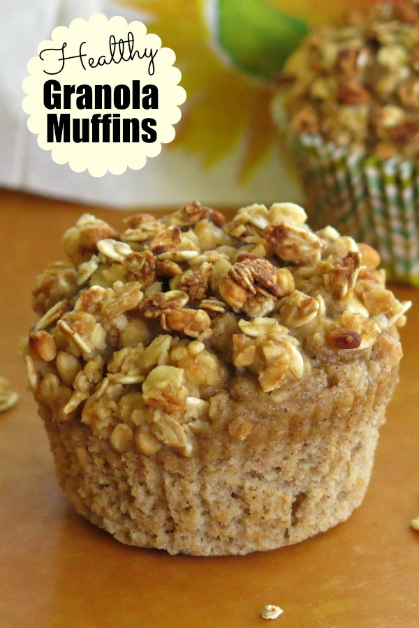 Healthy Granola Muffins for breakfast or a snack. Switch out the granola flavor and totally change the muffin! #healthygranolamuffins #muffins #granola