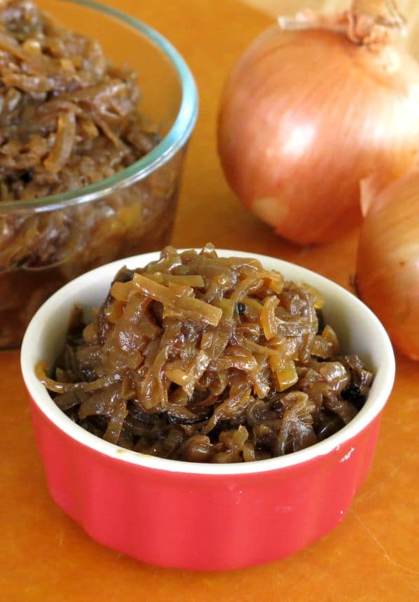 Easy Slow Cooker Caramelized Onions