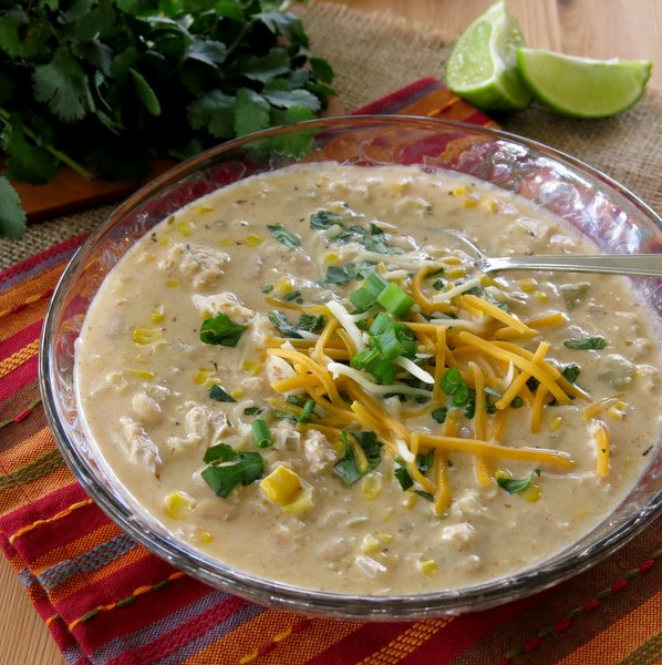 Creamy White Bean Chicken Chili - The Dinner-Mom