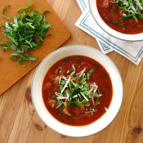 East Tomato Florentine Soup Recipe with Pasta