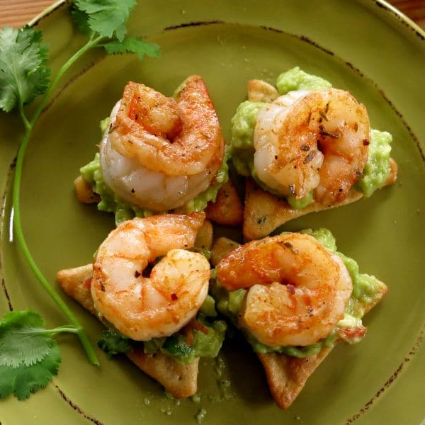 Easy Cajun Shrimp Guacamole Dip Recipe