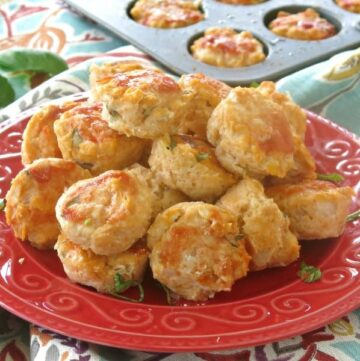 Easy chicken meatballs piled on a plate